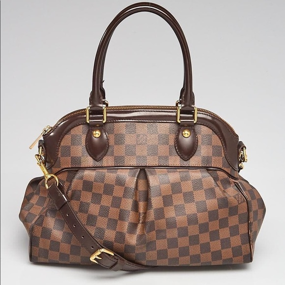 Louis Vuitton Handbags - Louis Vuitton Damier Canvas Trevi.  No box and bag